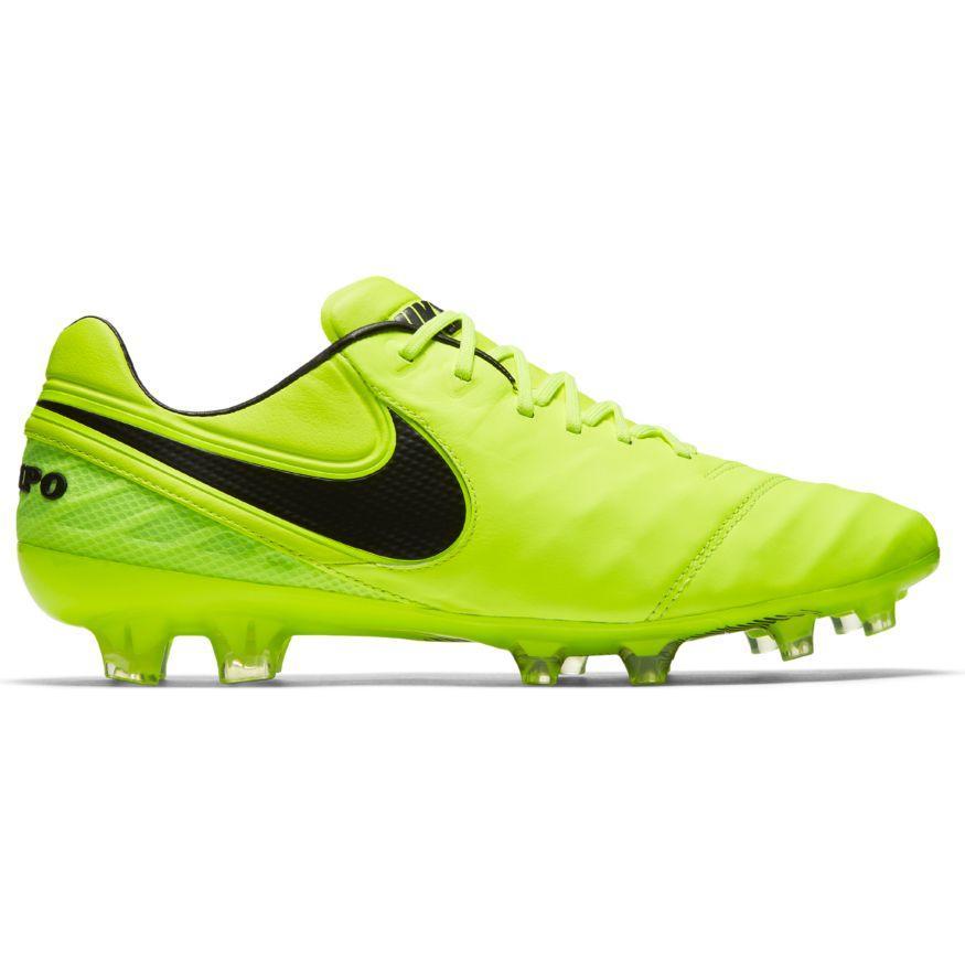 - Nike Tiempo Legend VI FG