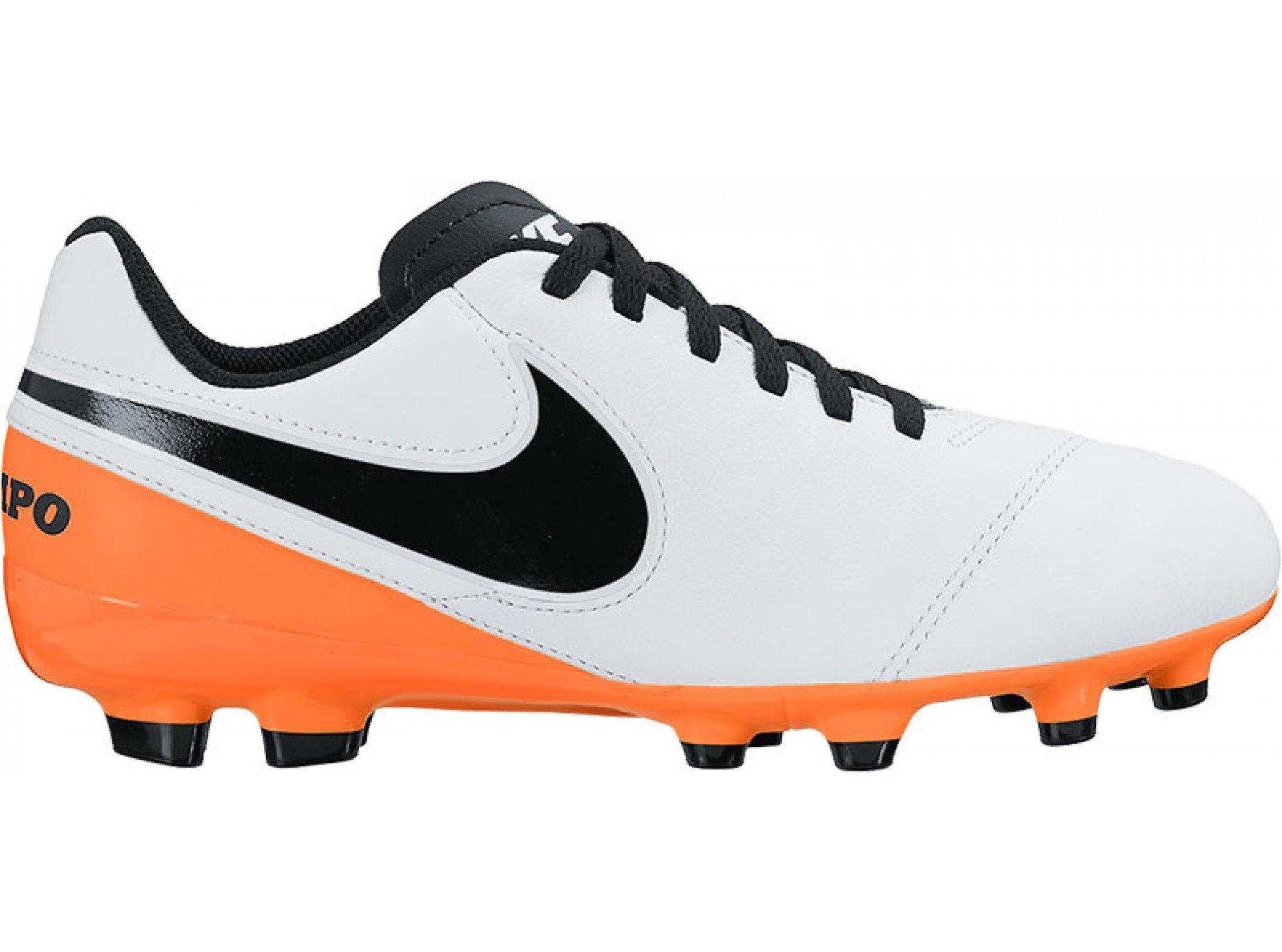 - Nike JR. Tiempo Legend VI FG