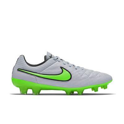- Nike Tiempo Legend FG